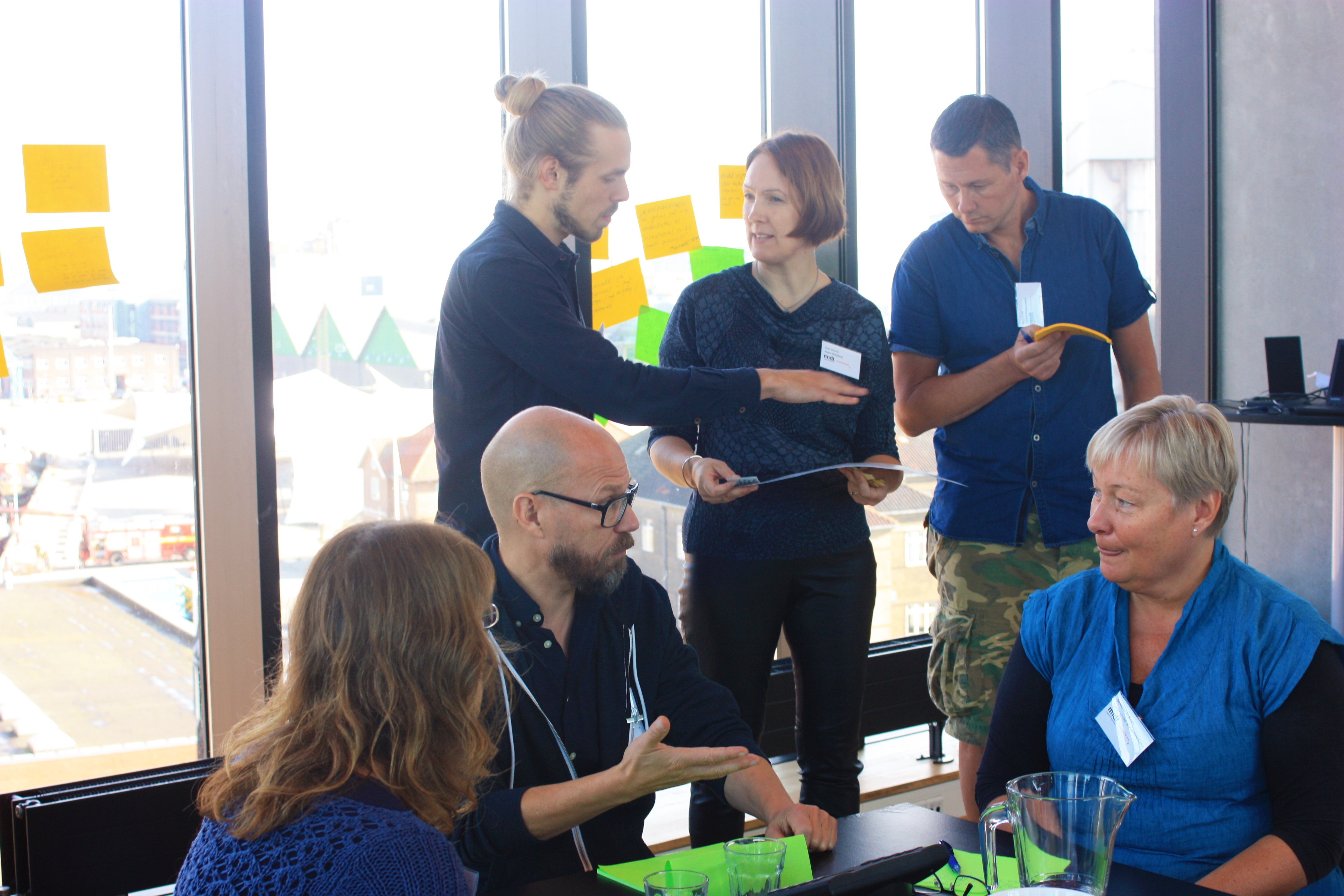 workshop ledet af Anne Justesen om borgernes muligheder for at udvikle deres kreativitet og være skabende. Deltagere fra skoler, kulturstyrelsen, kulturinstitutioner, universiteter, erhvervsliv, borgergrupper m.fl.